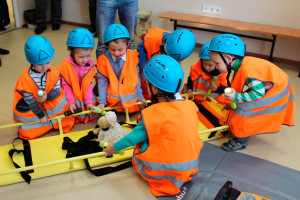 Занятия сотрудников ЗАО «ЦАСФ» с дошкольниками