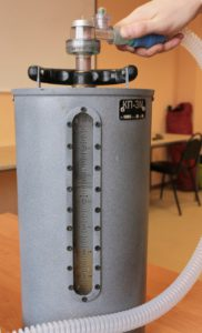 """Аппарат ИВЛ """"ГС-16"""" измерение давления вдоха блока для ИВЛ с помощью КП-3М"""