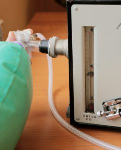 "Аппарат ИВЛ ""ГС-16"" Проверка регулировки скорости потока кислорода блока ингаляции ротаметром"